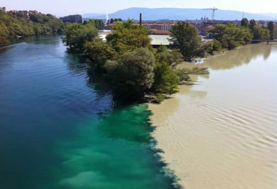 Confluence-of-the-Rhone-and-Arve-Rivers-in-Geneva-Switzerland-1